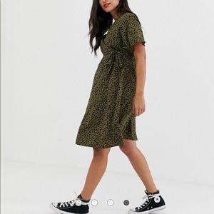 New Look Maternity Wrap Dress in Polka Dot